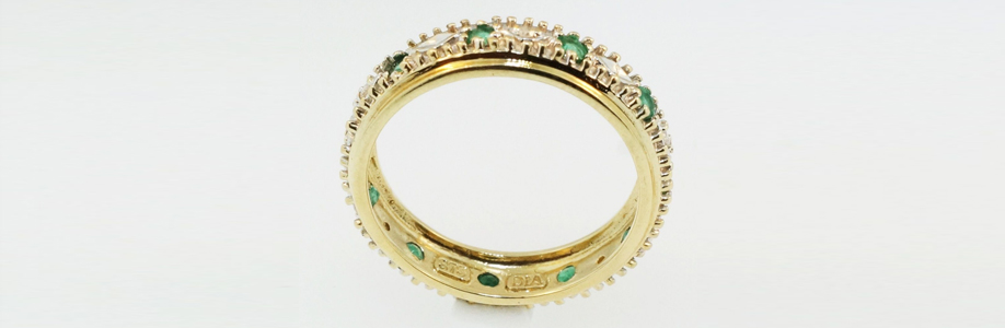 vintage_antique_emerald_and_diamond_eternity_ring