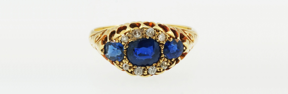 Antique 18ct Yellow Gold Sapphire & Diamond Three Stone Ring