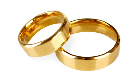 Browse our Range of Yellow Gold Rings