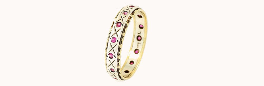 Vintage 9carat Yellow Gold Simulated Ruby Full Eternity Band