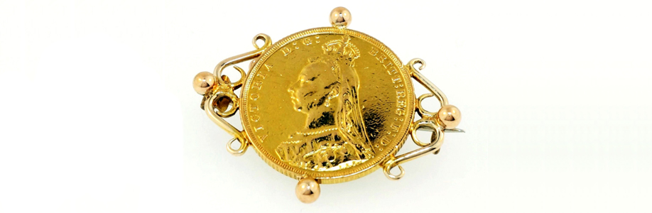 Sovereign Brooch