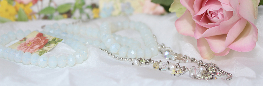 How To Keep Your Antique and Vintage Jewellery Like New!