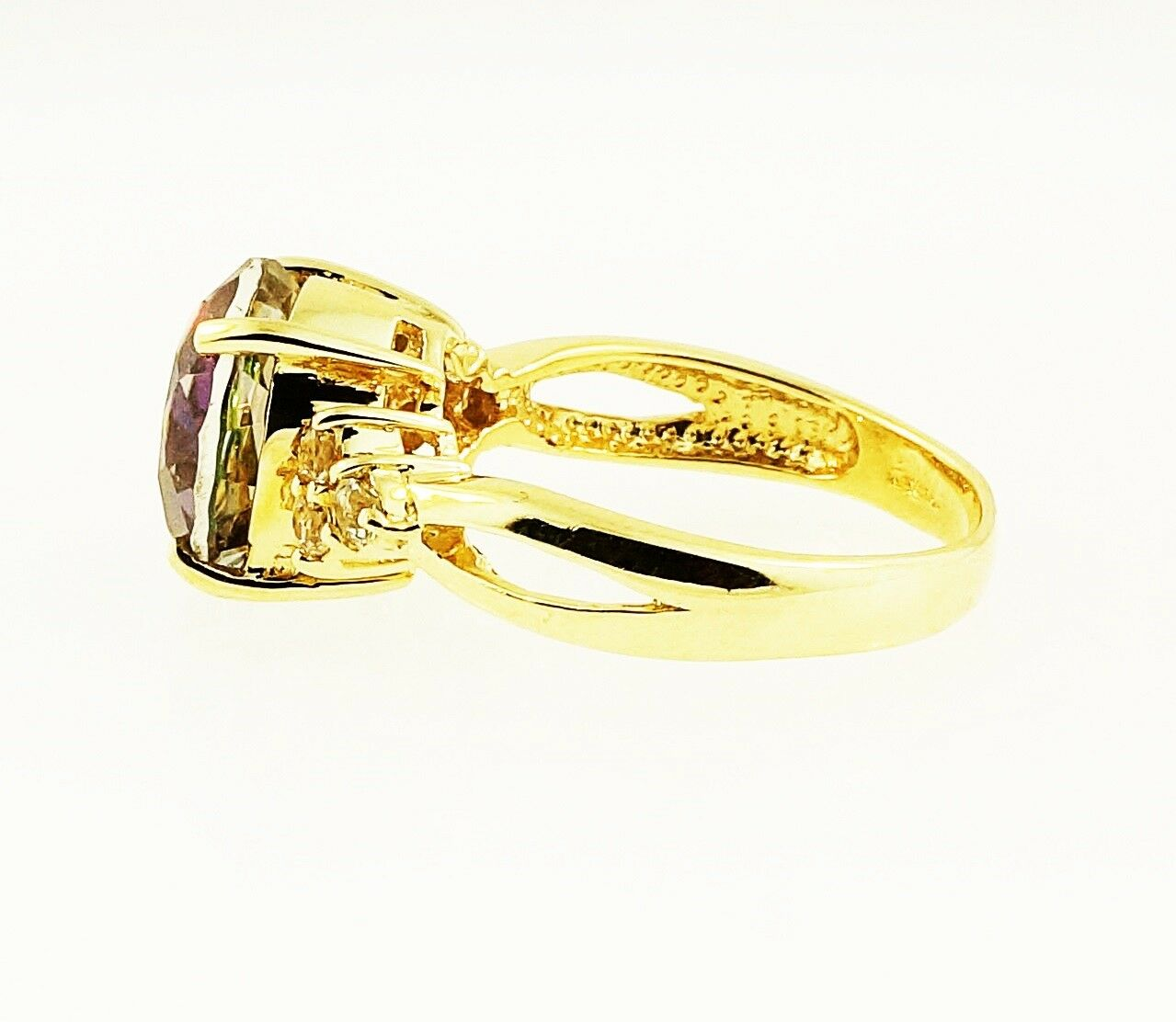 9carat Yellow Gold 10mm Mystic Amp White Topaz Solitaire W