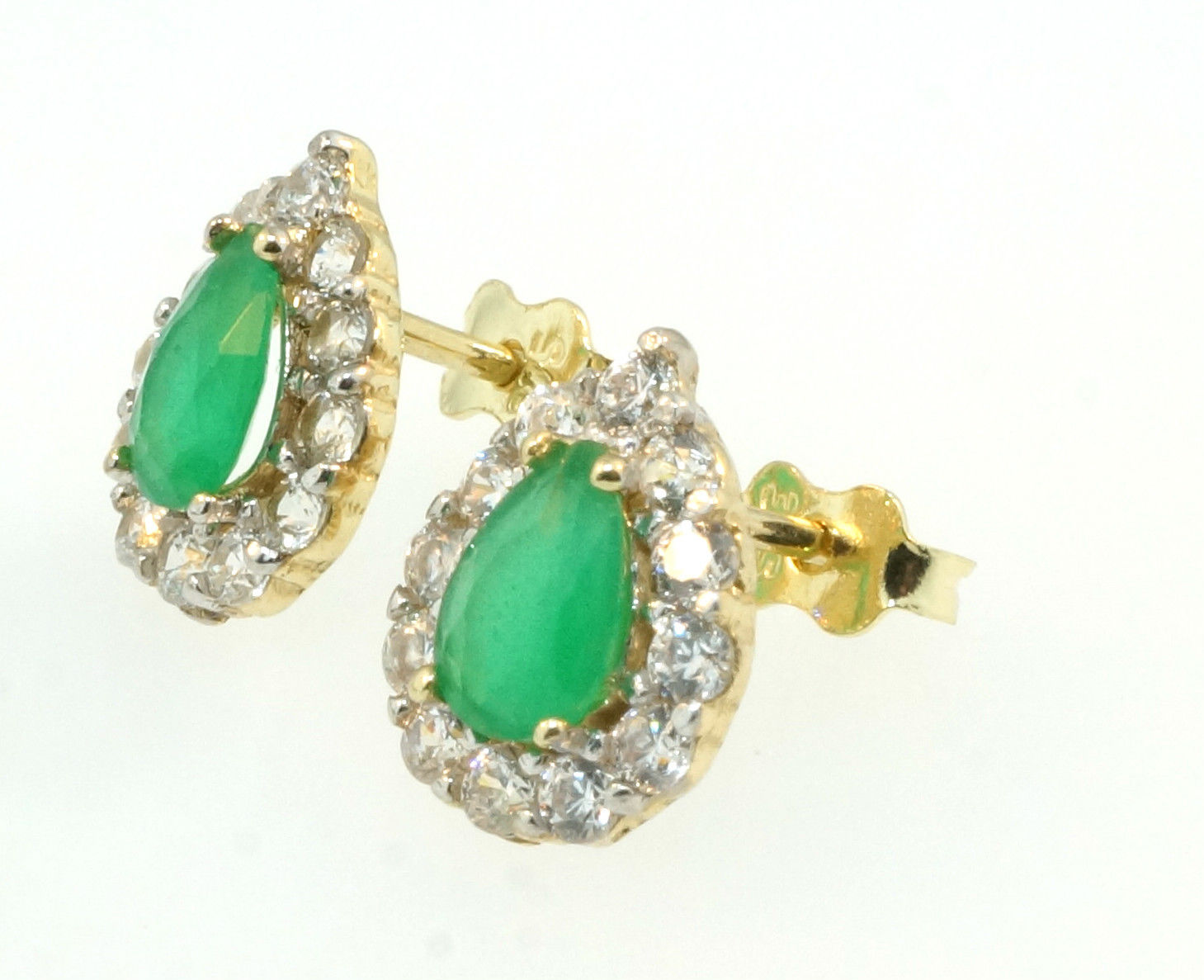 9ct Yellow Gold Pear Emerald Amp Simulated Diamond Halo